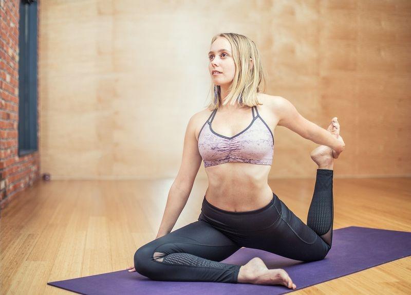 Sklep online sprzedający akcesoria do jogi