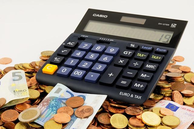 Internetowe pożyczki pozabankowe bez odsetek są coraz popularniejsze